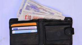 Carte bancaire : 5 questions à se poser avant de payer à l'étranger