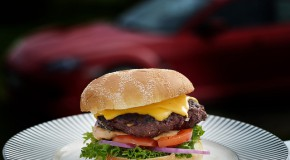 Steaks hachés Cora et Thiriet et burgers oignon Auchan