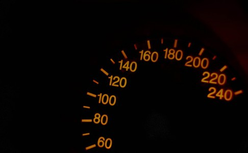 exces-vitesse-fourriere-amende-suspension-permis-de-conduire