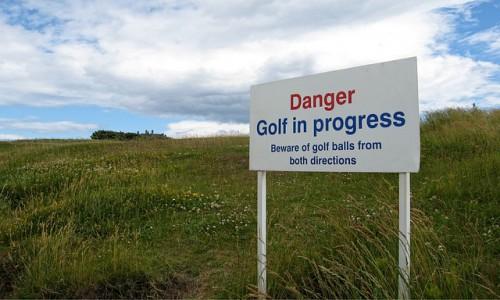danger-balles-golfeurs-projectiles-dommages