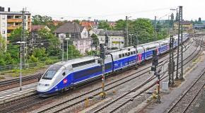 TGV et Intercités : une carte de voyage illimitée pour les jeunes