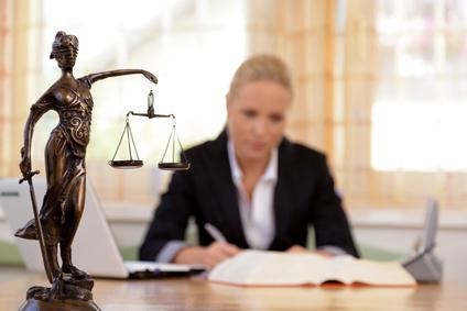 litige-avion-compagnie-aérienne-tribunal-justice