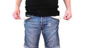 Le surendettement de l'assuré ne justifiait pas la résiliation de son contrat