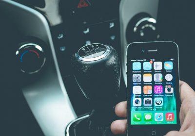 smartphone-auto-voiture-amendes