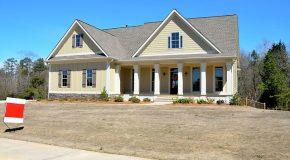 Maison familiale: la vendre ou la garder au décès du second parent?