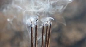 Encens et bougies. Le plein de pollution confirmé