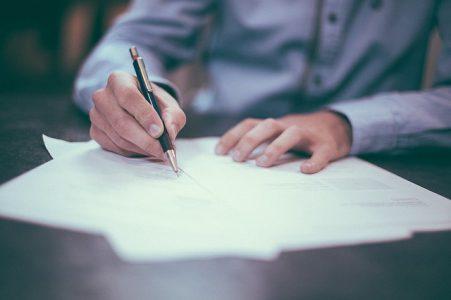 contrat-travail-droits-procedure