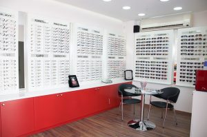 optique-lunetterie-opticien-lunettes