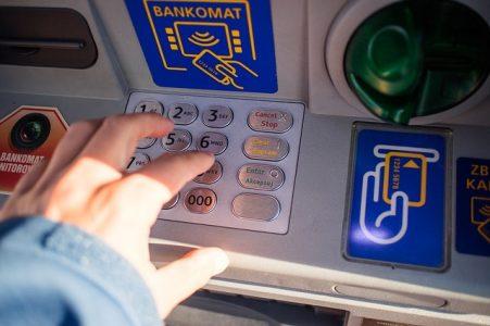 contestation-automate-banque-billets