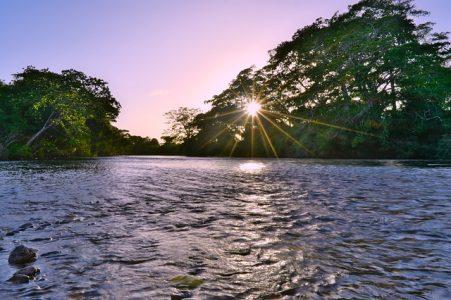 eau-alimentation-riviere-menace-risque-pollution-environnement