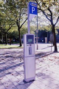 stationnement-payant-parcmetre-auto