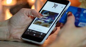 Une cascade de « failles » oblige les supermarchés à bloquer ou limiter le paiement sans contact sur smartphone