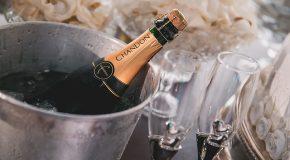 Repas de fêtes. Les accords mets et champagne