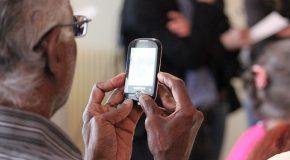 Seniors : quel smartphone choisir ?
