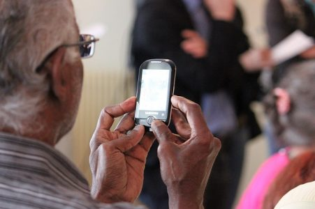 # smartphone senior