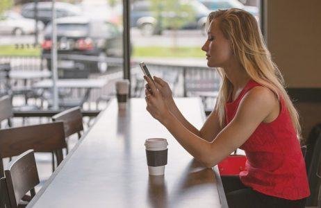 # Free mobile location téléphones UFC Que Choisir
