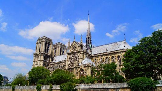 # alerte arnaque Notre-Dame de Paris Attention cagnottes non officielles